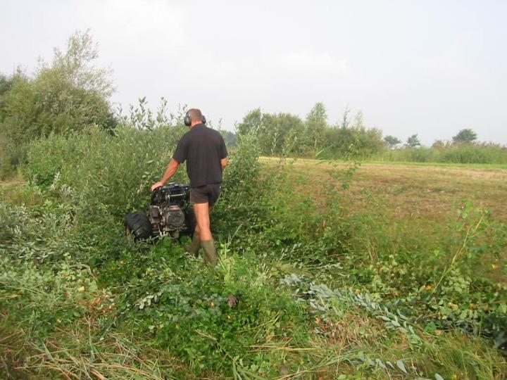 Div vegetatie maaien